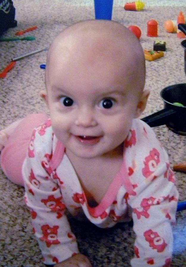 Baby Nicole naked 411