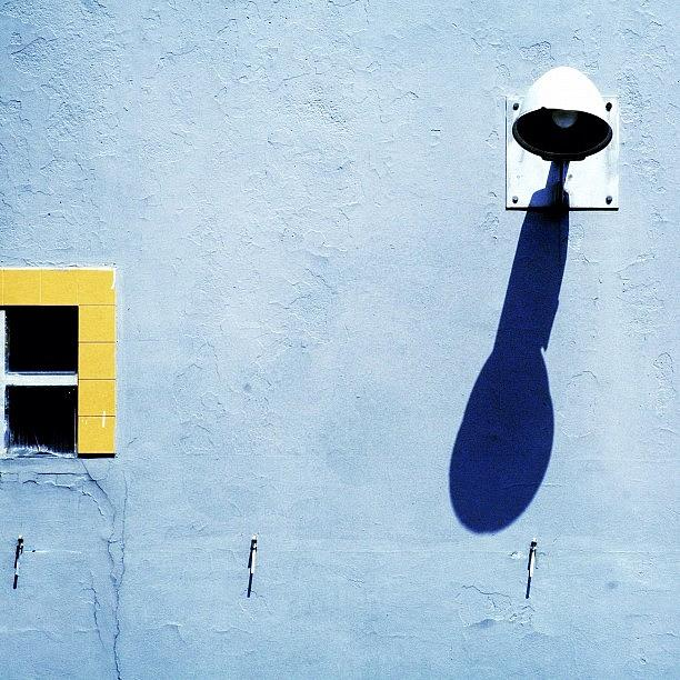 Wall Photograph - Shine On #light #shadow #italy by A Rey