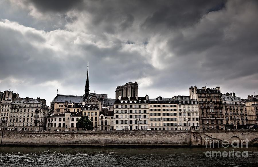 4th Arrondissement Photograph - Siene River Scene Paris by Ei Katsumata