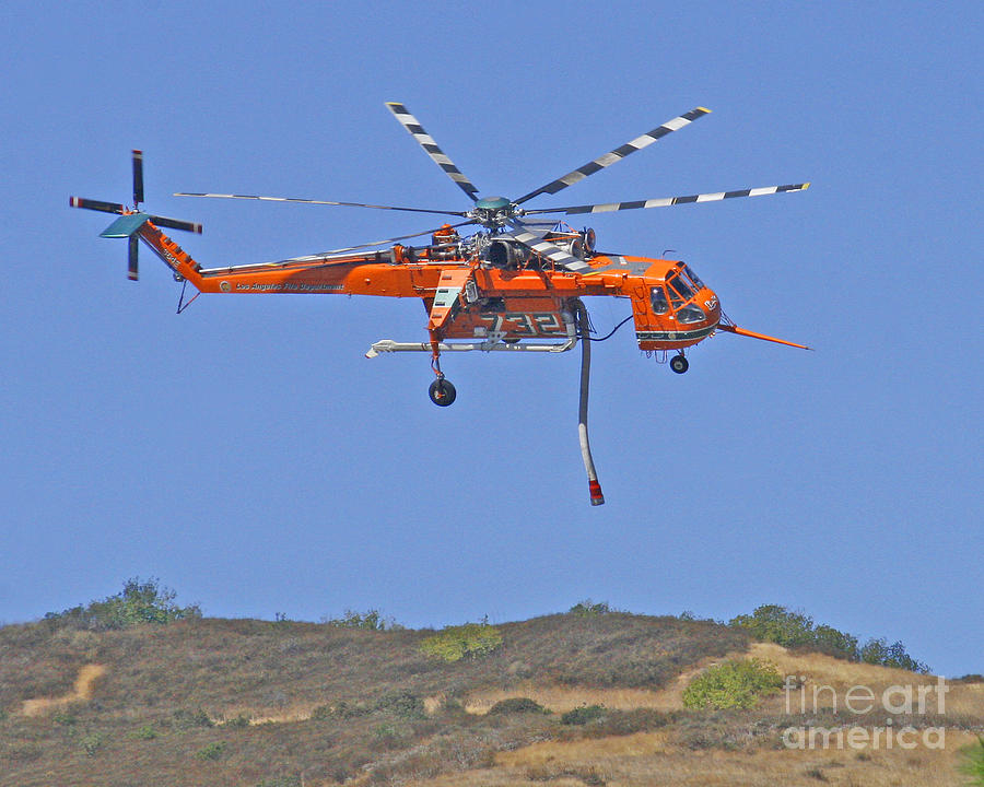 sikorski-s-46-skycrane-fire-fighting-helicopter-kenny-bosak.jpg
