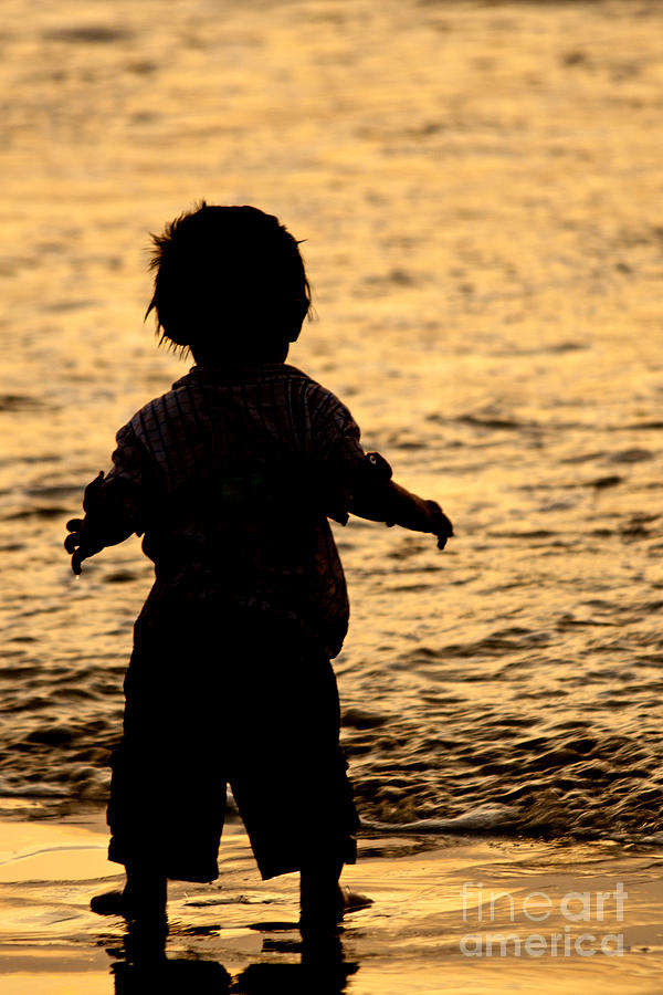 Silhouette Photograph - Silhouette Of A Child 1 by Carole Lloyd