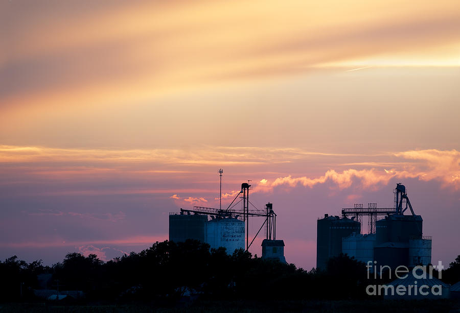 Prairie Sunset Photograph - Silos At Dusk by Art Whitton