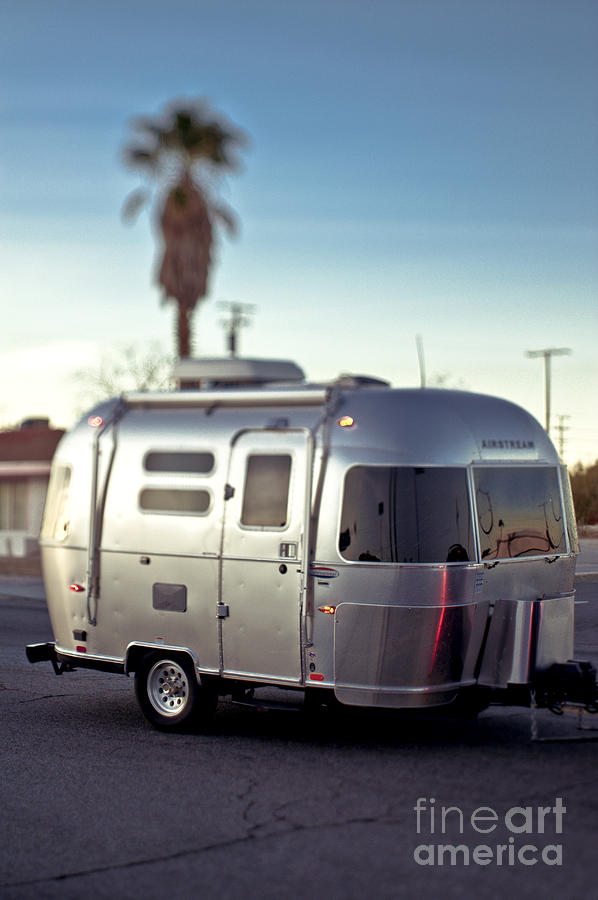 Airstream Travel Trailer >> Silver Travel Trailer Photograph by Eddy Joaquim