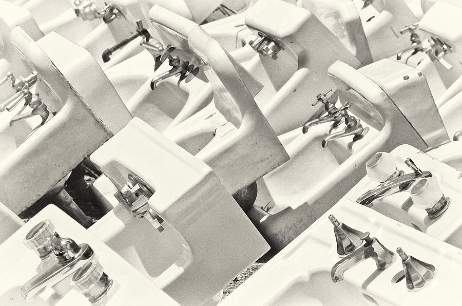 Sink Photograph - Sinking by Patrick M Lynch