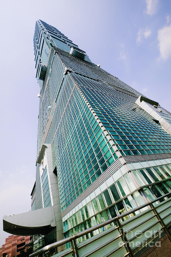 Architectural Detail Photograph - Skyscraper, Taipei 101 Building by Jeremy Woodhouse