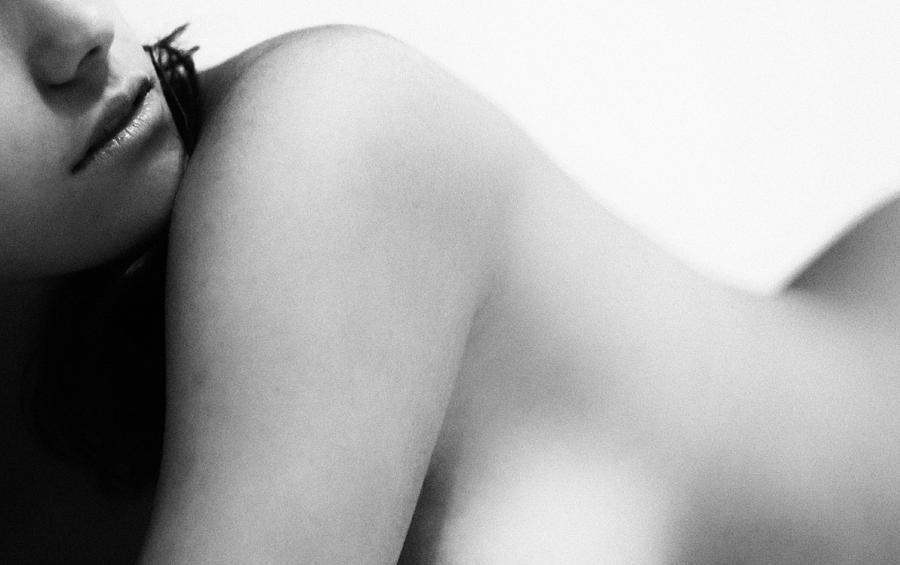 Nude Photograph - Snake Line by Radan Rei
