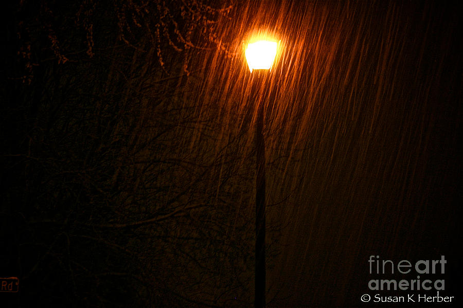Snow Scene Photograph - Snowy Night by Susan Herber