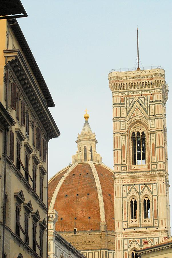 Duomo Photograph - Sound All Around by