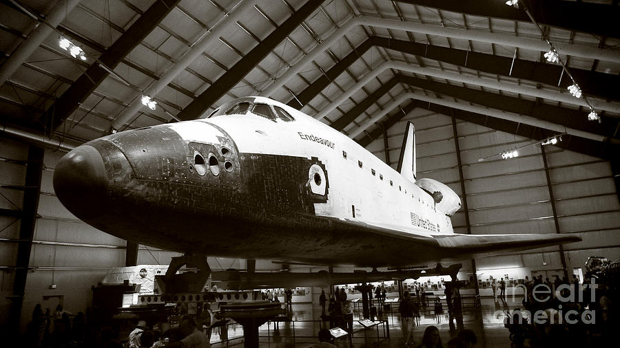Space Shuttle Endeavour Photograph - Space Shuttle Endeavour by Nina Prommer