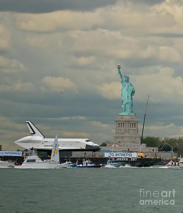 Space Shuttle Photograph - Space Shuttle Enterprise 1 by Tom Callan