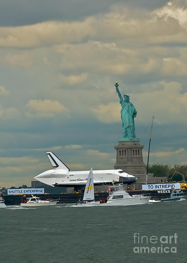 Space Shuttle Photograph - Space Shuttle Enterprise 2 by Tom Callan