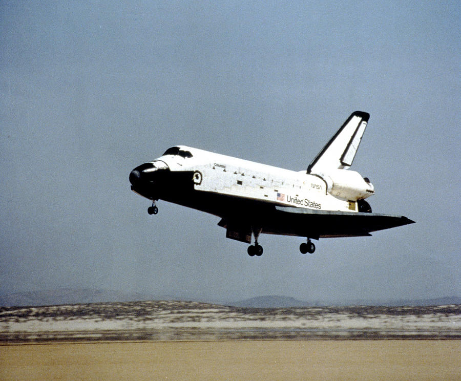 Space Shuttle Orbiter Columbia Landing Photograph by Ro-Ma ...