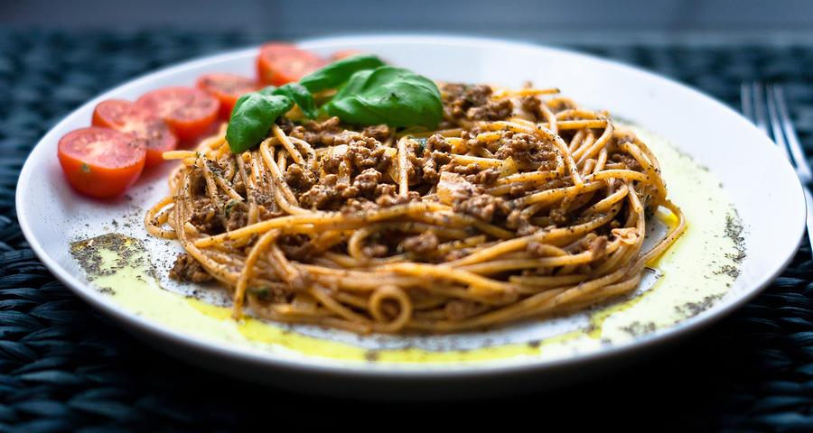 Horizontal Photograph - Spaghetti Bolognese by Wojciech Wisniewski