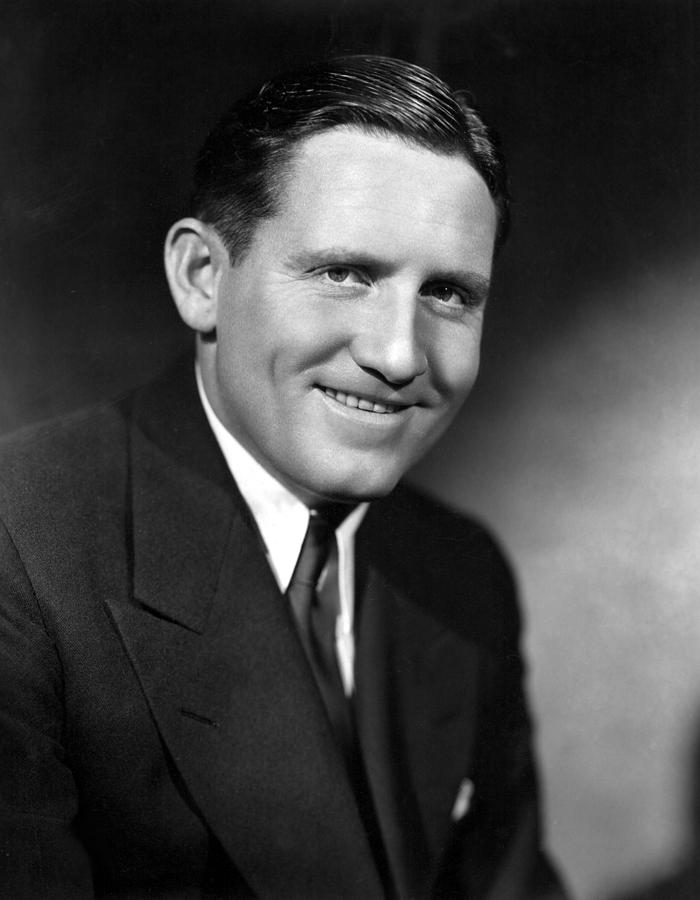 1930s Portraits Photograph - Spencer Tracy, 92734 by Everett
