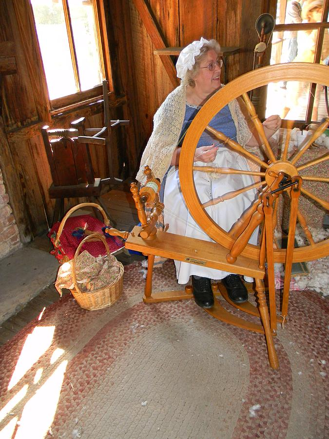 Spinning Wheel Photograph - Spinning Yarns by Warren Thompson