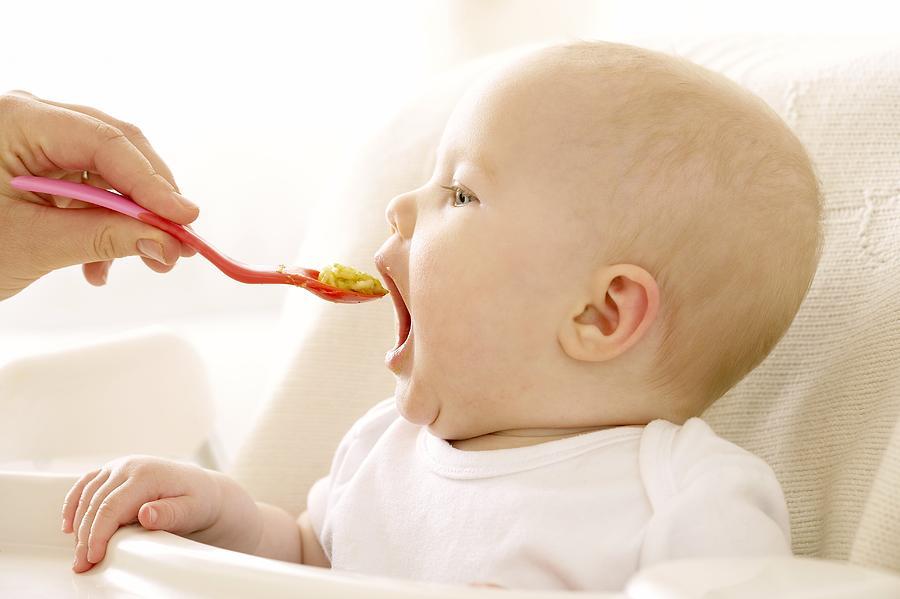 Food Photograph - Spoon-feeding by Ruth Jenkinson