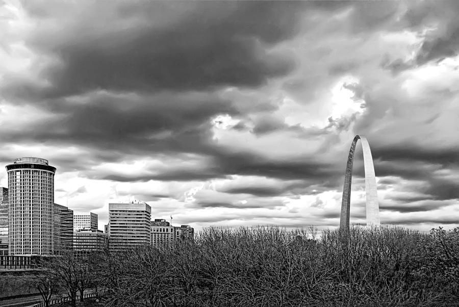 Gateway Photograph - St. Louis Gateway Arch by Cindy Tiefenbrunn