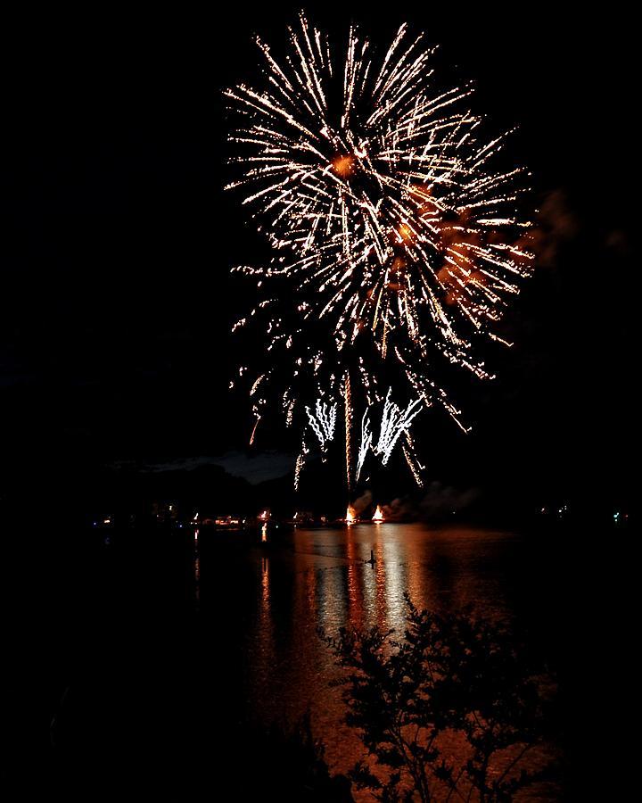 Fireworks Digital Art - Starburst City by Don Mann