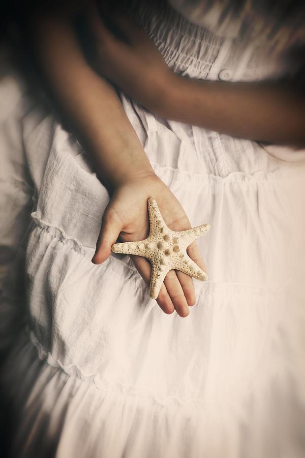 Girl Photograph - Starfish by Joana Kruse