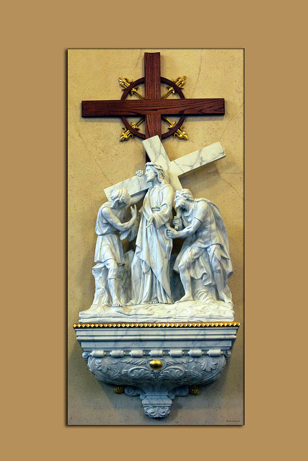 Statue Digital Art - Station Of The Cross 02 by Thomas Woolworth