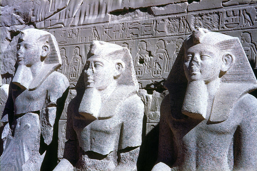 19th Dynasty Photograph - Statues Of Ramses II by Granger