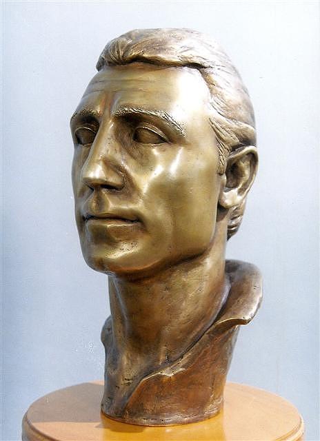Stoichkov Sculpture by Antonio Petrov