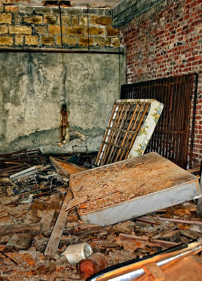 West Virginia Photograph - Stonehaven Rehab by Steve Harrington