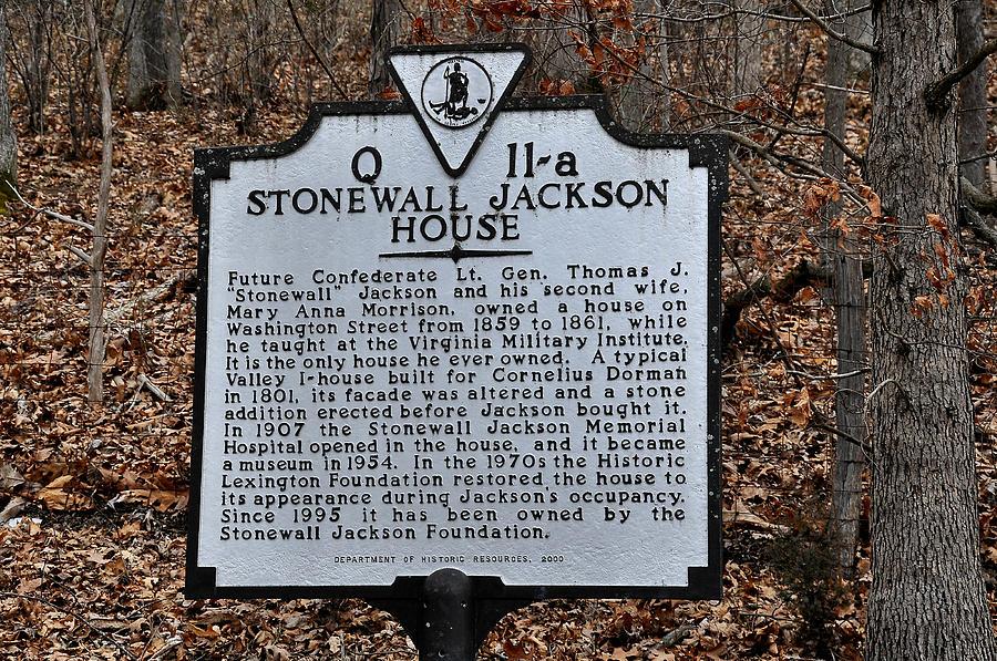 Stonewall Jackson House Photograph - Stonewall Jackson House by Todd Hostetter