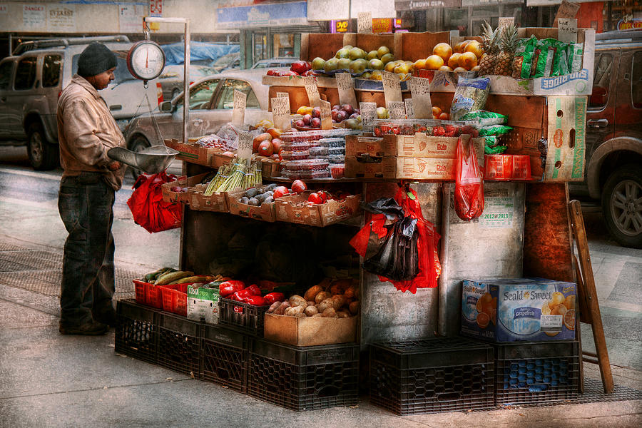 Chelsea Photograph - Store - Ny - Chelsea - Fresh Fruit Stand by Mike Savad