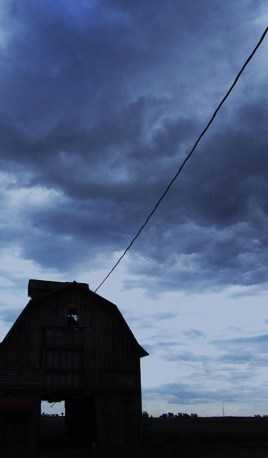 Barn With Stormy Sky Photograph - Storm Acoming by Todd Sherlock