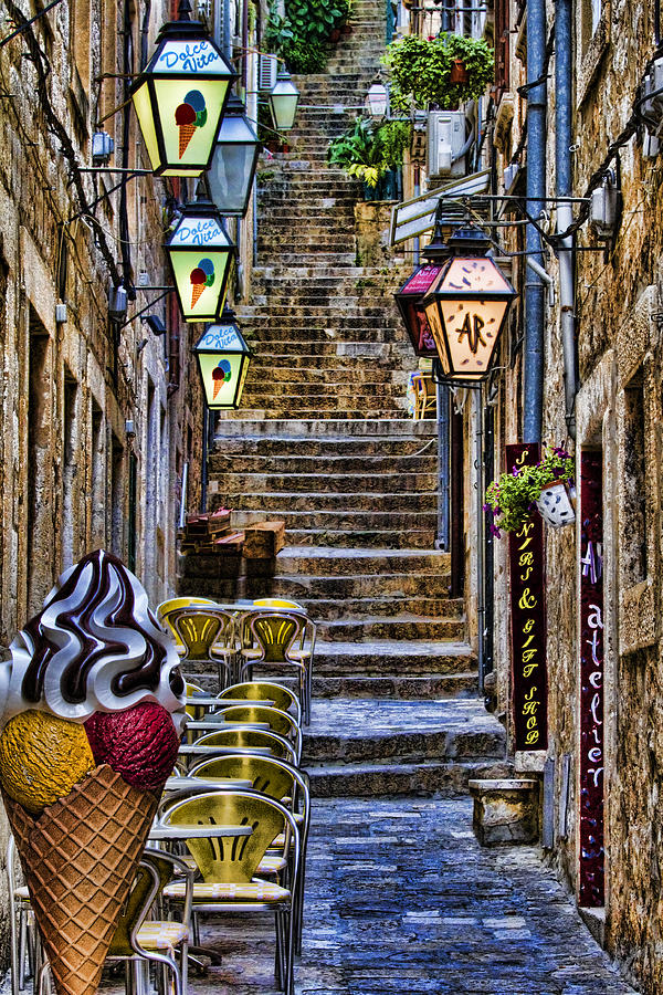 Street Lane In Dubrovnik Croatia Photograph By David Smith