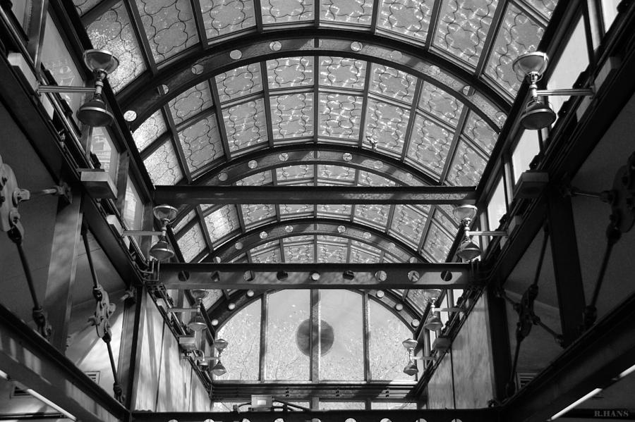 Black And White Photograph - Subway Glass Station In Black And White by Rob Hans