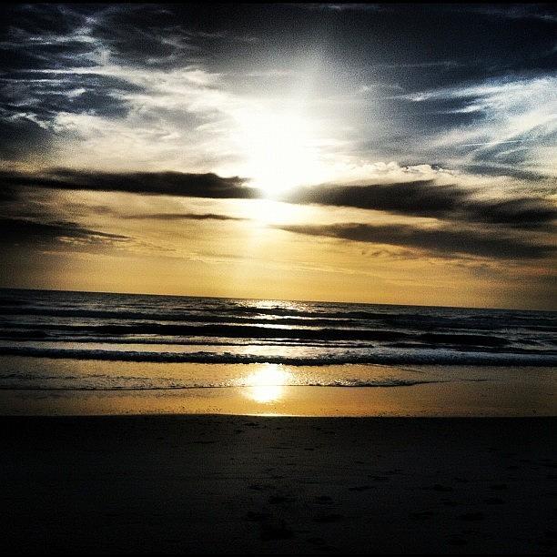 Sunrise Photograph - Sunrise On The Beach by Lea Ward