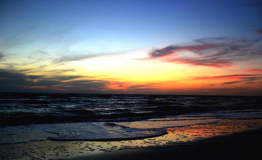 Sunset Heart Photograph By Melanie Moraga