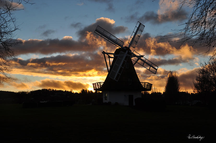 Skyscape Photograph - Sunset Over Oak Harbor Windmill by Pam Headridge