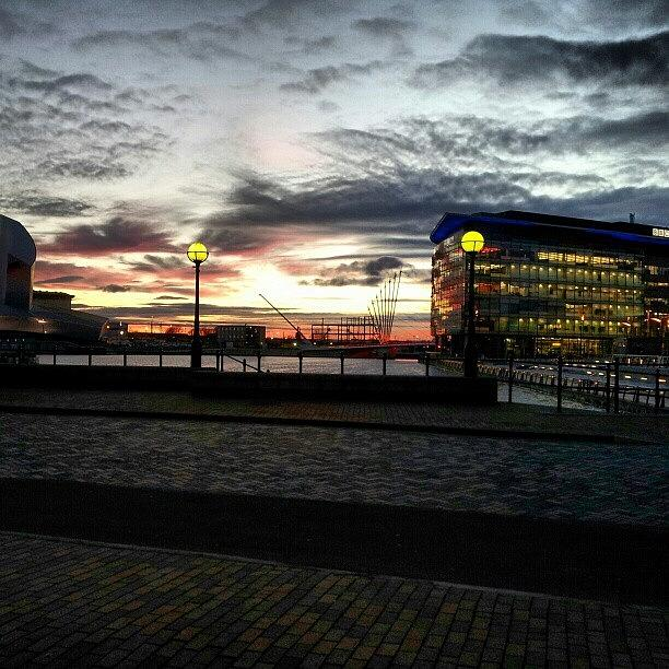 Salford Photograph - #sunset #salfordquyes #salford #bbc by Abdelrahman Alawwad