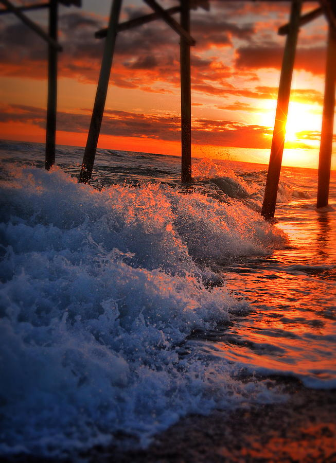 Sunset Photograph - Sunset Splash by Emily Stauring
