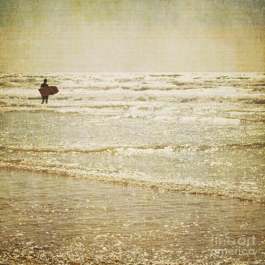 Surf Photograph - Surf The Sea And Sparkle by Lyn Randle