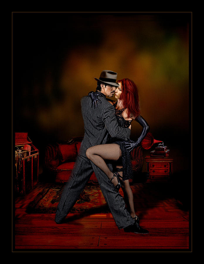 Tango Intimo by Raul Villalba