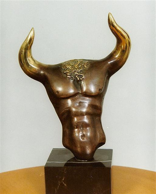 Taurus Sculpture by Antonio Petrov
