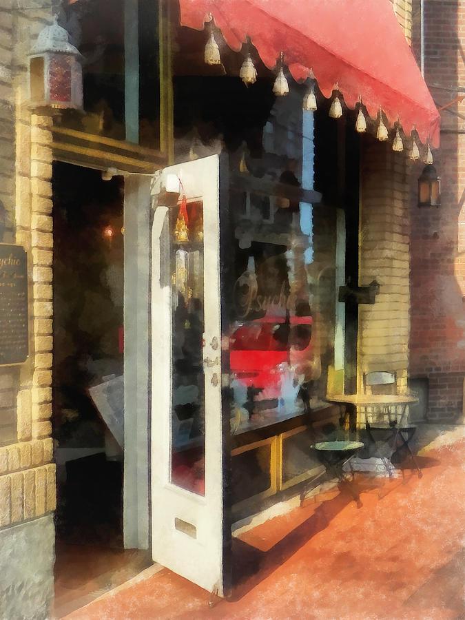 Tea Room Photograph - Tea Room In Sono Norwalk Ct by Susan Savad