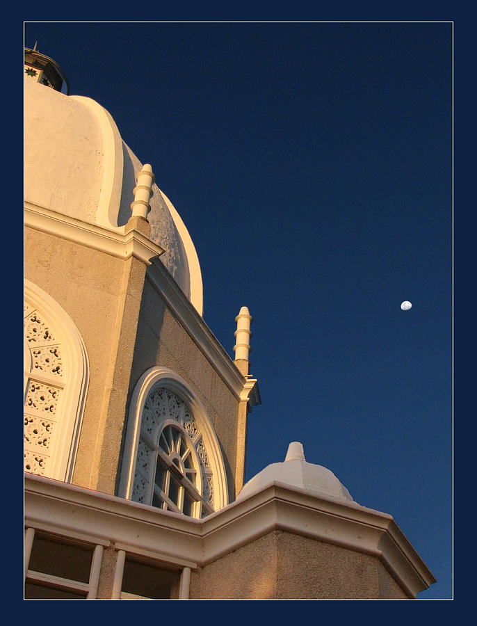 Bahai Temple Photograph - Temple Is Listeneng by Alexey Dubrovin