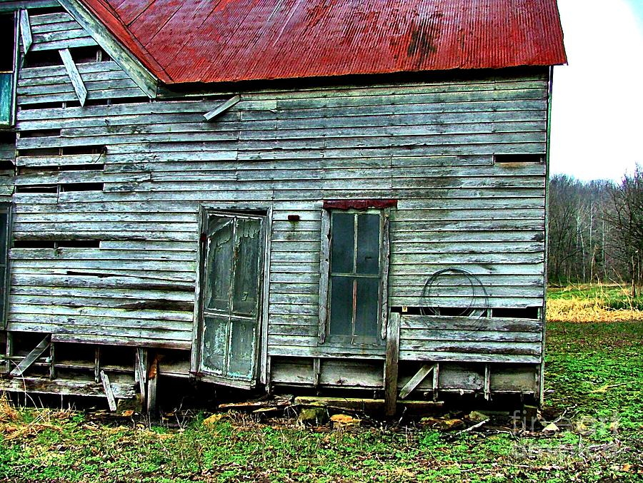 Old Abandoned Houses Photograph - That Old House Down By The Creek by Julie Dant