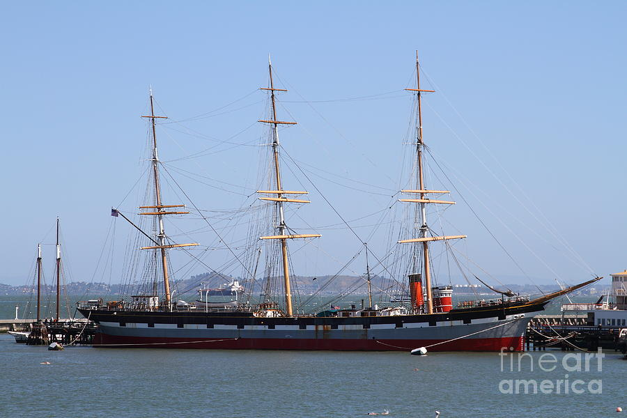 San Francisco Photograph - The Balclutha . A 1886 Square Rigged Cargo Ship At The Hyde Street Pier In Sf California . 7d14069 by Wingsdomain Art and Photography