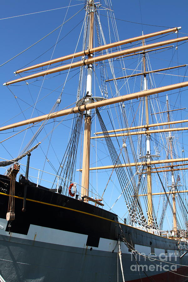 San Francisco Photograph - The Balclutha . A 1886 Square Rigged Cargo Ship At The Hyde Street Pier In Sf California . 7d14135 by Wingsdomain Art and Photography
