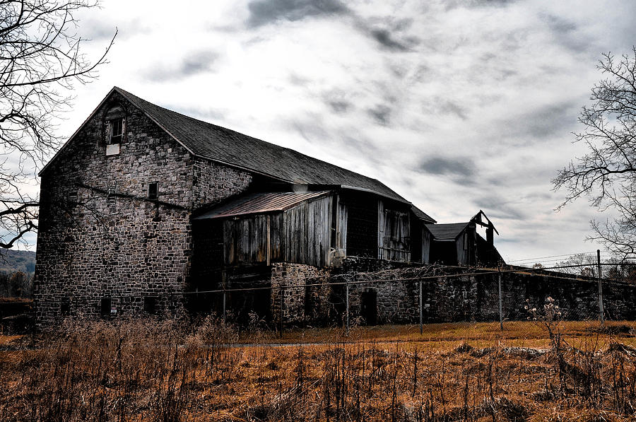 Farm Photograph - The Barn At Pawlings Farm by Bill Cannon