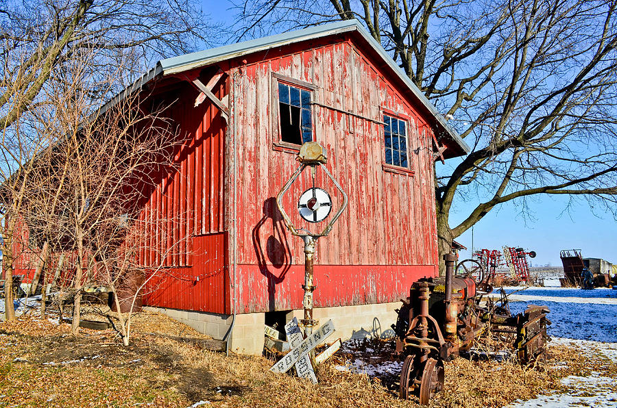 Barn Photograph - The Barn by Brenda Becker