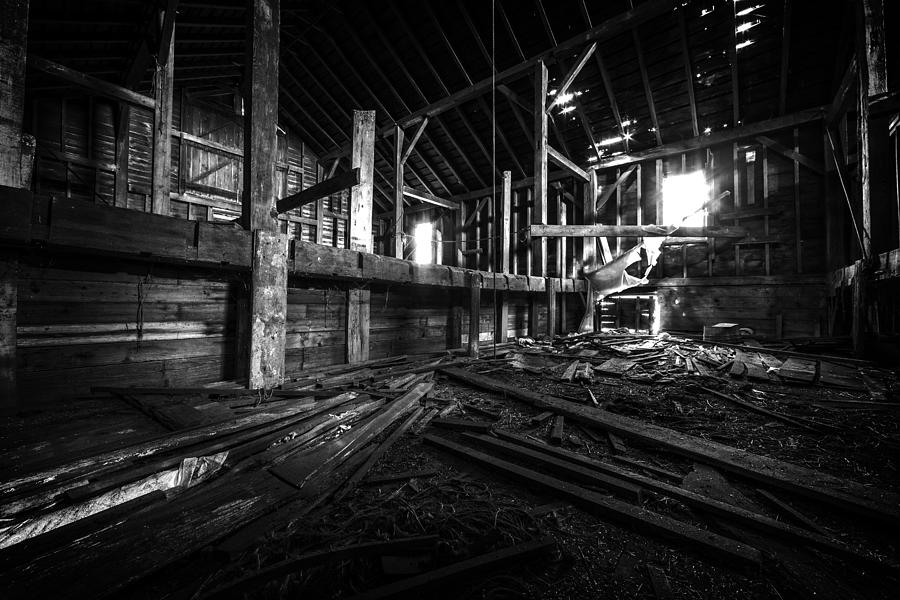 The Barn Iii Photograph By Everet Regal