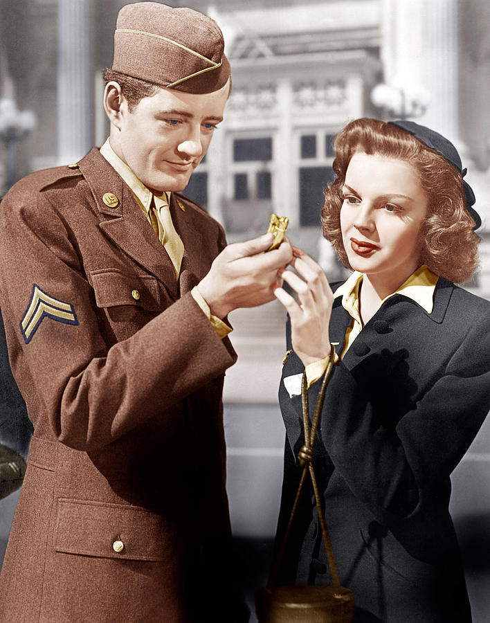 1940s Movies Photograph - The Clock, From Left Robert Walker by Everett