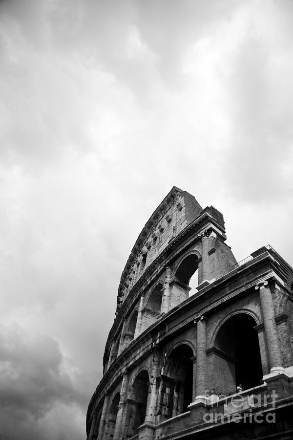 Colosseum Photograph - The Colosseum In Rome by Steven Gray
